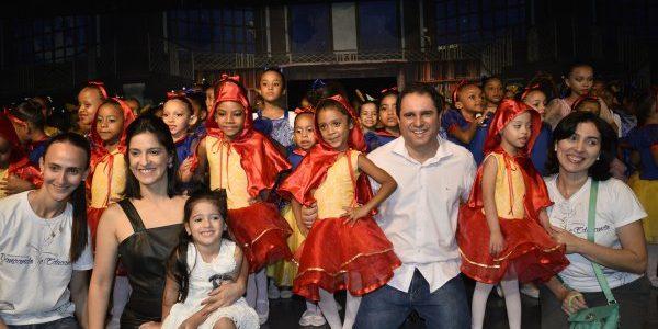 """SÃO LUÍS: Espetáculo de ballet """"Para Ler e Dançar"""" leva ao palco crianças da rede municipal de ensino"""