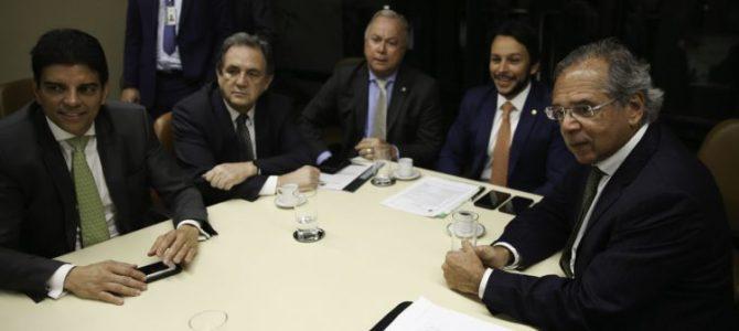 PREPARANDO AS MORDIDAS! Bolsonaro tentará aprovar duas reformas da Previdência já em 2019