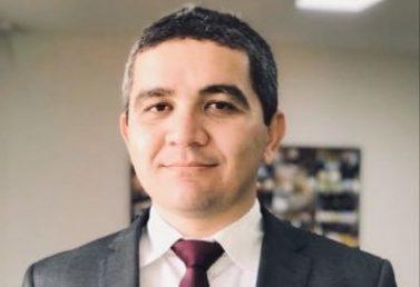 PRIMEIRA BAIXA: Presidente da Agência de Exportações, que mal sabe falar inglês, deixa Governo Bolsonaro antes de uma semana